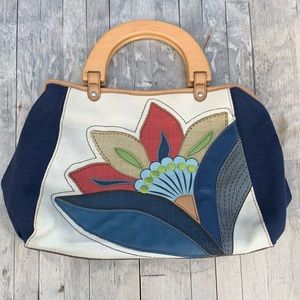 Relic Floral Embroidered Bag